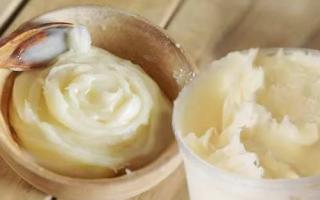 Белый мёд: получение, разновидности, советы по хранению и распознаванию подделки
